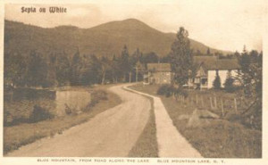 1900-Road-Along-Lake-M